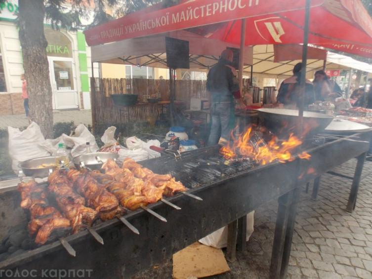 Фестиваль молодого вина і гусячих страв стартував у Берегові