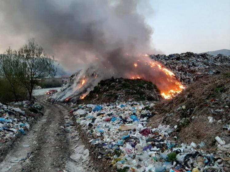 пожежа на сміттєзвалищі Закарпаття